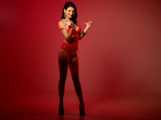 SweetCeriseX模特的性感个人头像,邀请您观看热辣劲爆的实时摄像表演!